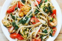 Tomato, Shrimp, Spinach and Basil Pasta in a Garlic butter